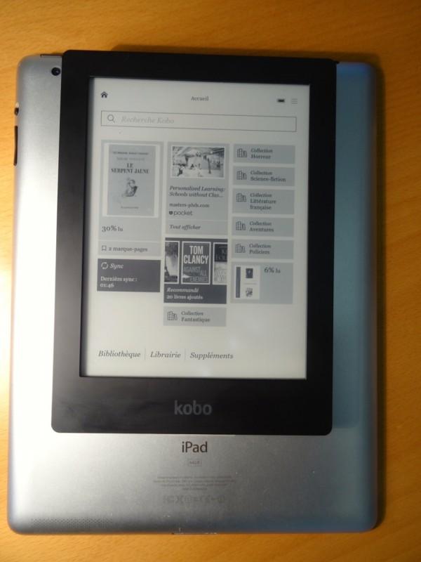 Comparaison de taille iPad - Kobo Aura HD